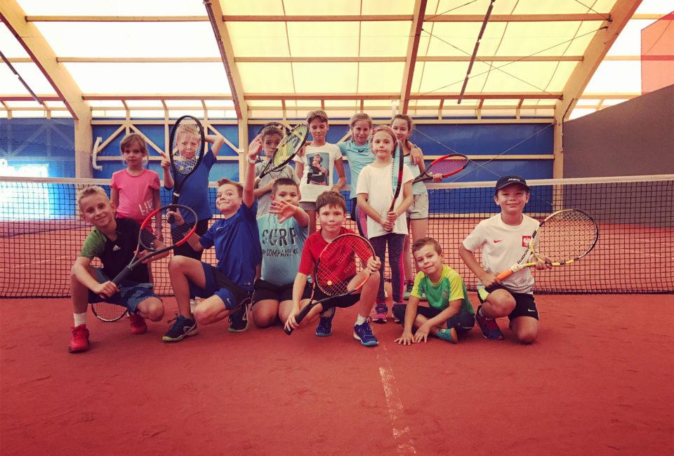 Wakacje z tenisem – zapisz się już dziś